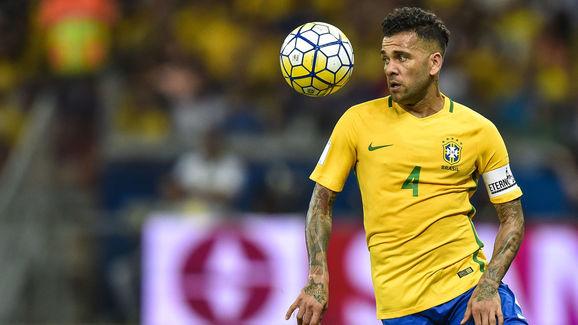 dani-alves-brazil-4